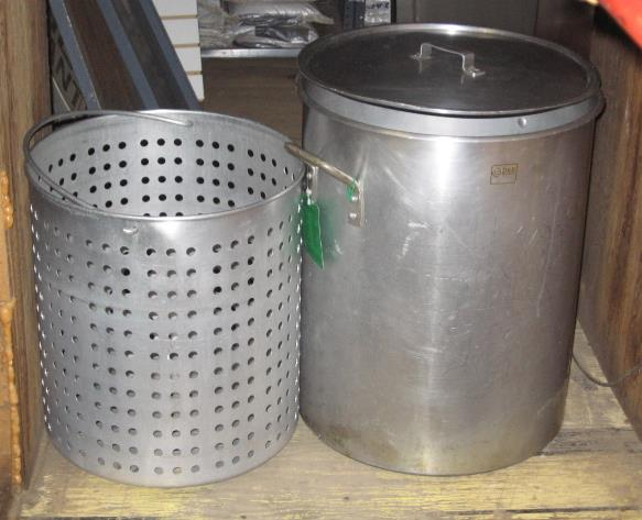 Where to find POT 80 QUART WITH STRAINER in Sterling